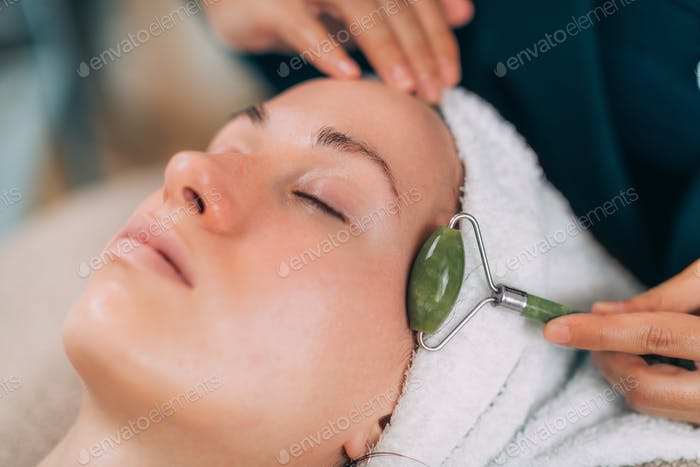 Guasha Face Lymphatic Drainage Massage with Jade Stone Roller