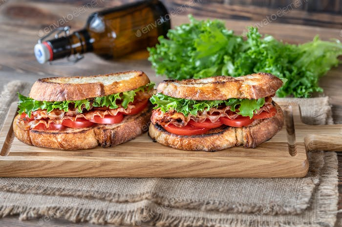 BLT sandwiches on the wooden board