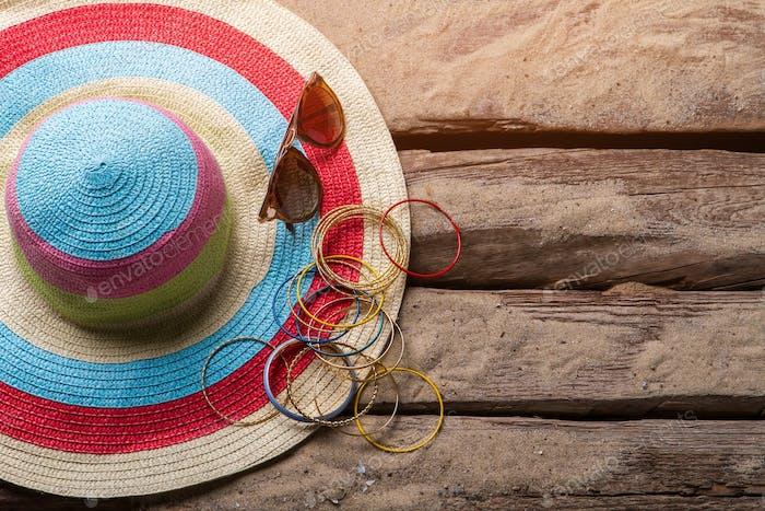Beach hat and bracelets