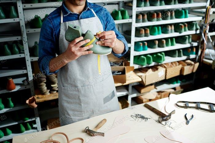 Herstellung von Schuhen
