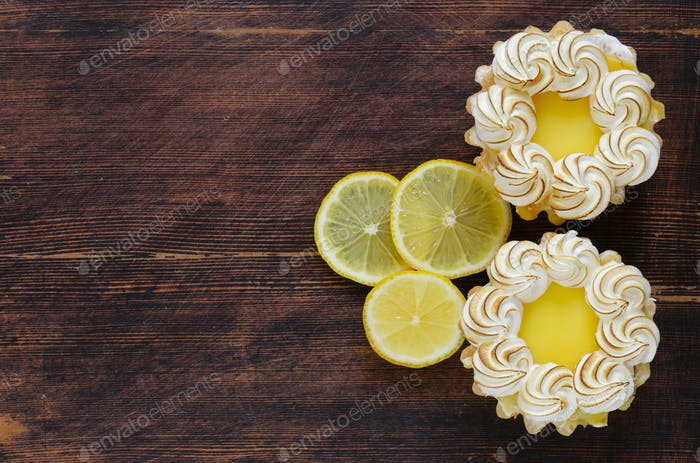 Tartlet With Lemon Cream And Meringue