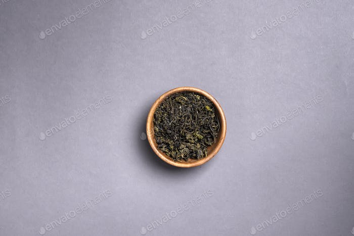 green tea dried leaves