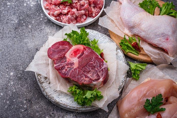Sortiment von verschiedenen rohen Fleisch