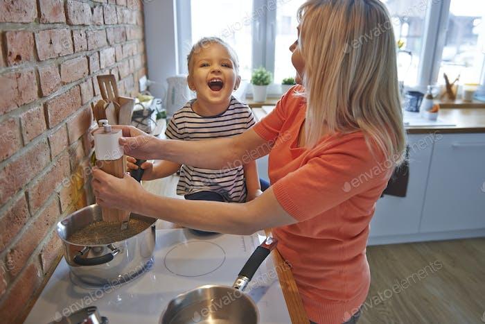 Cooking together make us happier