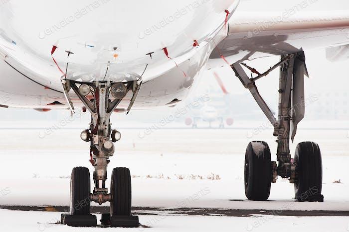 Schnee am Flughafen