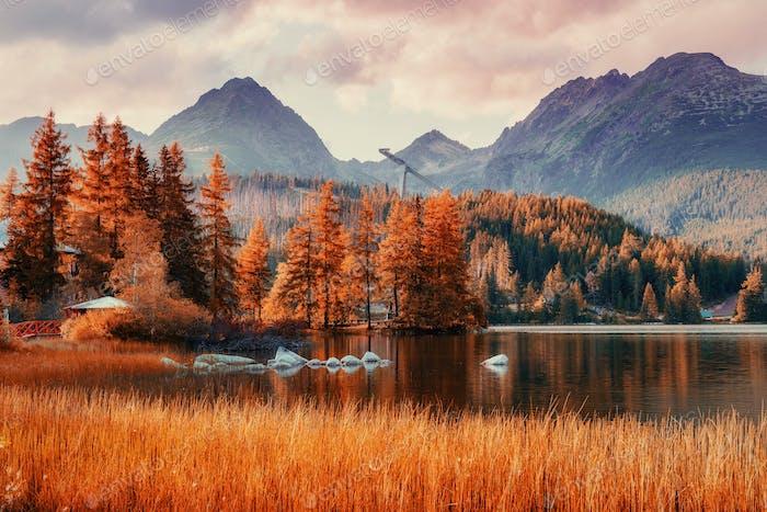 Fantastische Shtrbske Pleso Hohe Tatra. Slowakei Europa
