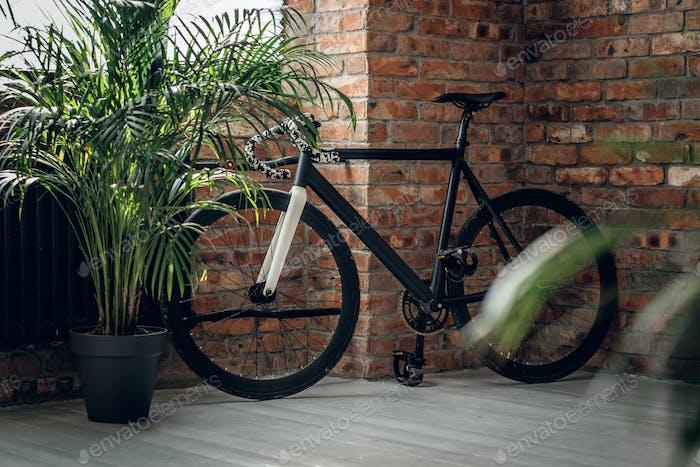 Ein Fahrrad mit festem Getriebe.