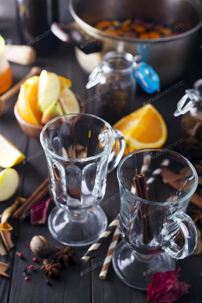 Mulled wine recipe ingredients
