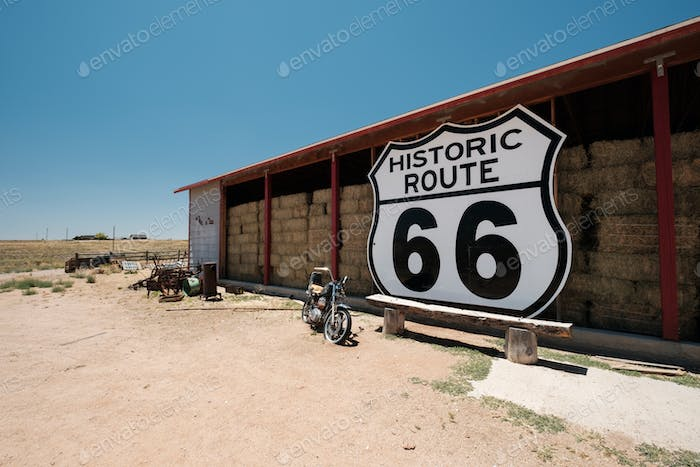 Old motorcycle near historic route 66 in California
