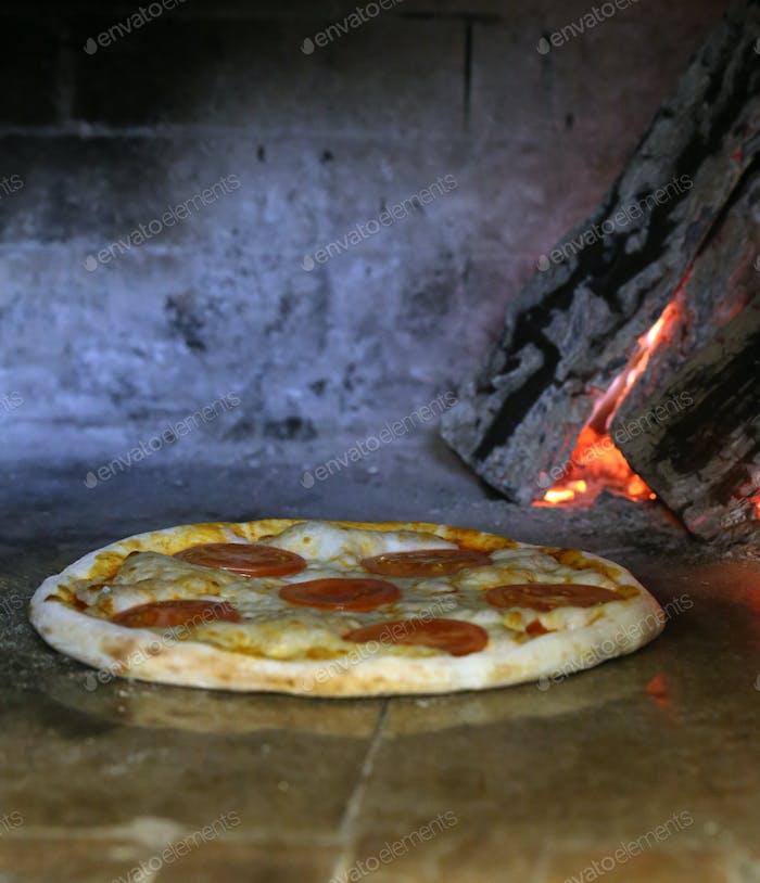 Gebacken für Pizza