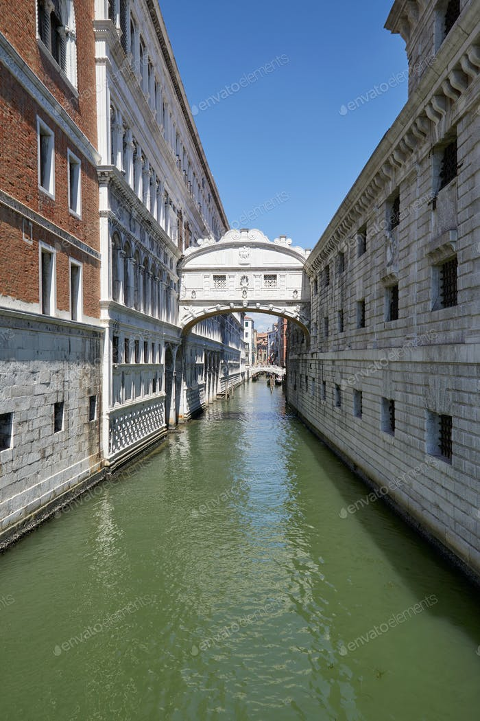Bridge of Sighs, wide angle view in a sunny day in Venice, Italy