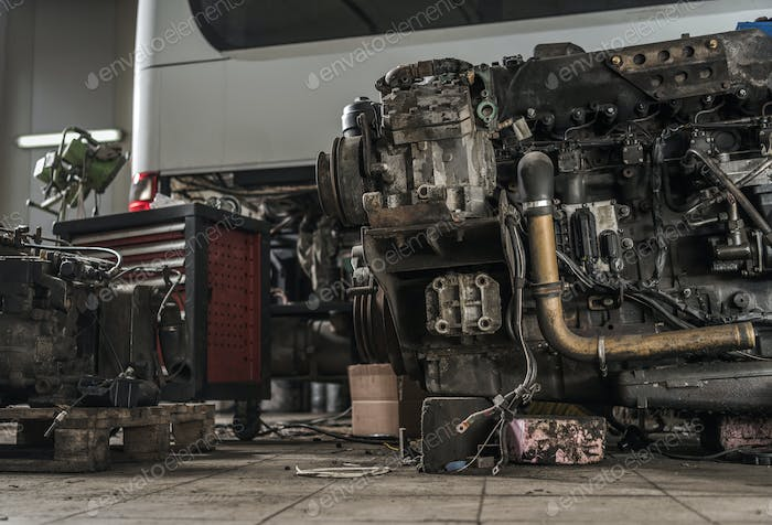 Coach Bus Diesel Engine Restoration