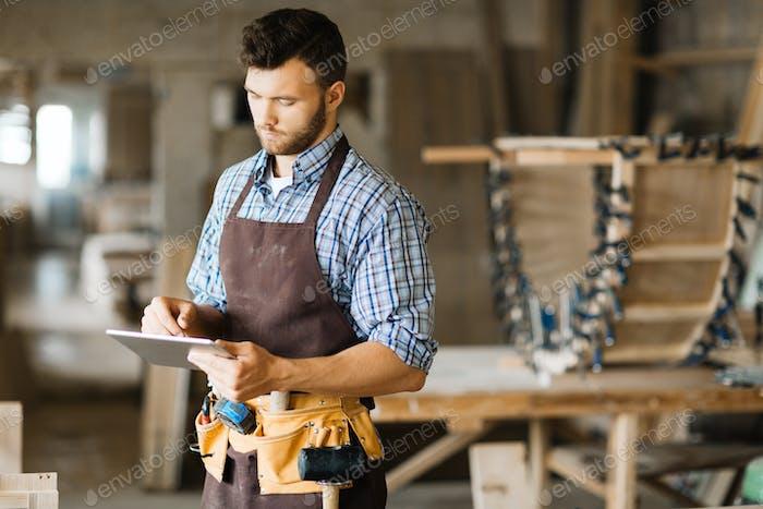 Heimwerker bei der Arbeit