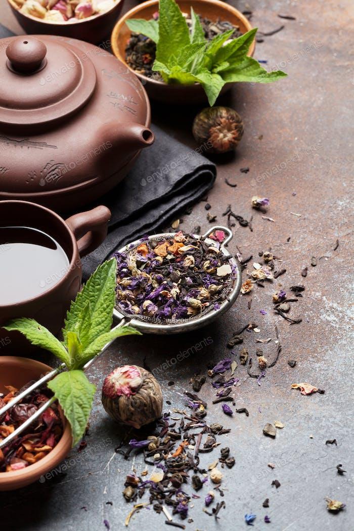 Herbal and fruit dry teas
