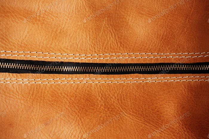 zipper of leather bag