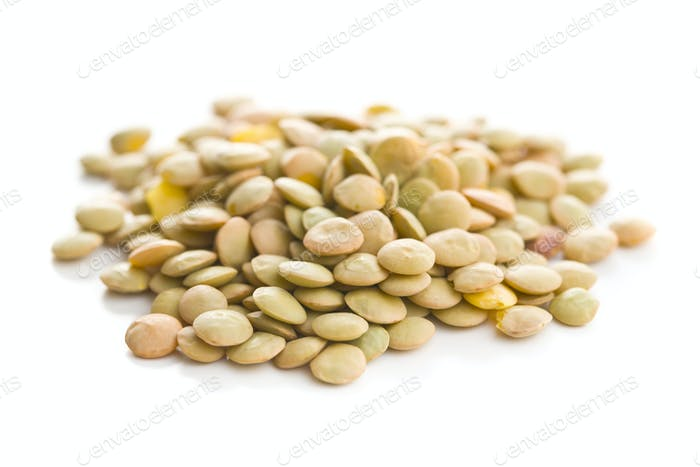 Uncooked dried lentil.