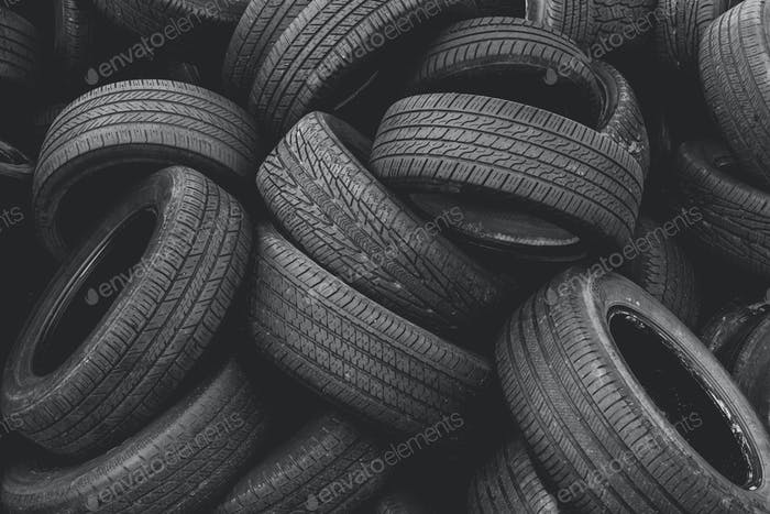 Discarded auto tires at landfill