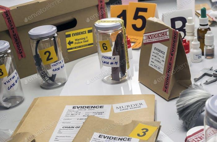 Criminalistisches Labor, Opfer-Uhr-Analyse für Mord, konzeptionelles Bild