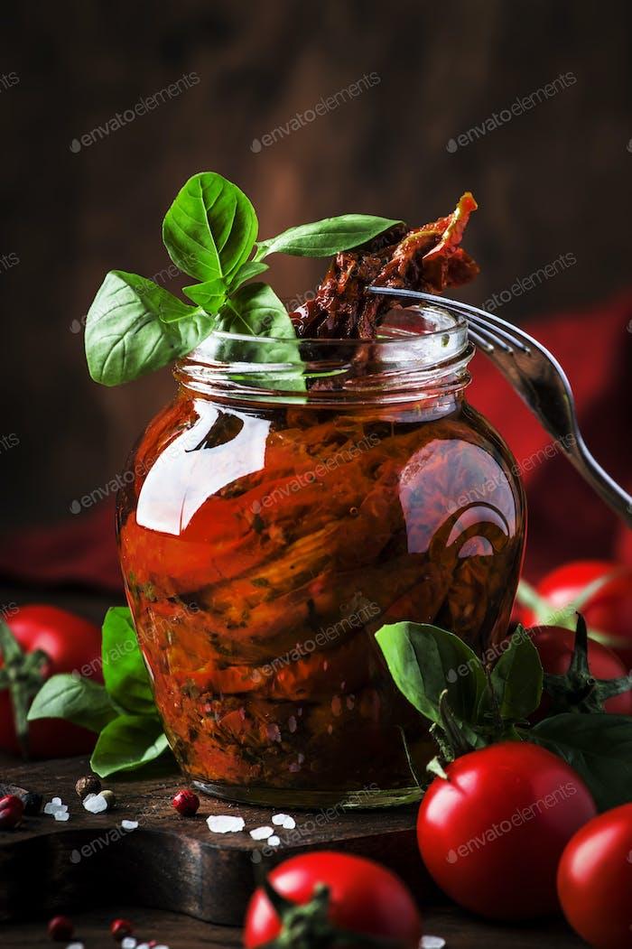 Italienische Sonne getrocknete Tomaten