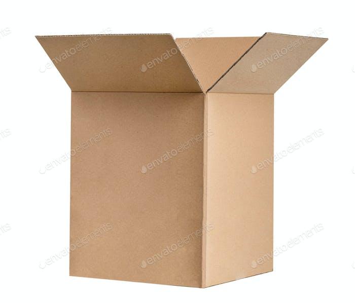 Geschlossener Karton isoliert auf weißem Hintergrund