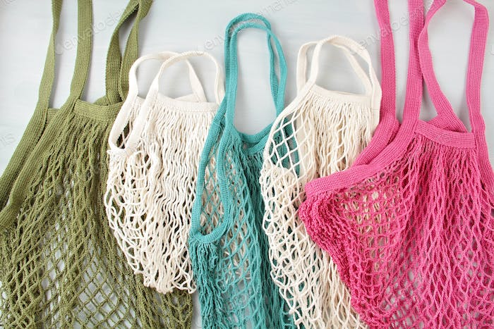 Assortiment of reusable net bags or shoppers