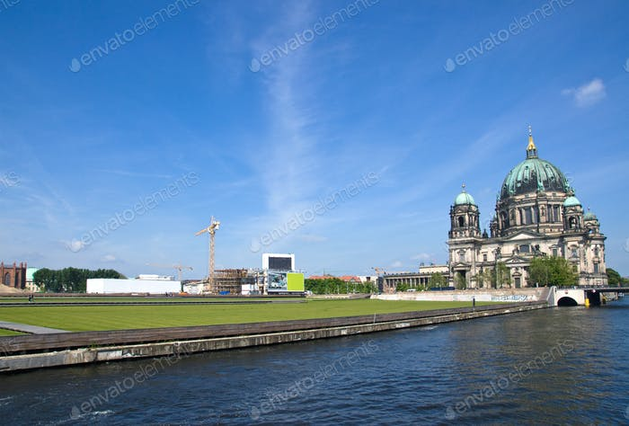 Berlins Dom, river Spree and the Schlossplatz