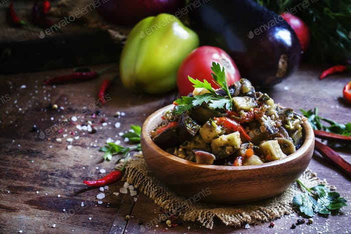 Saute from aubergines in bowl