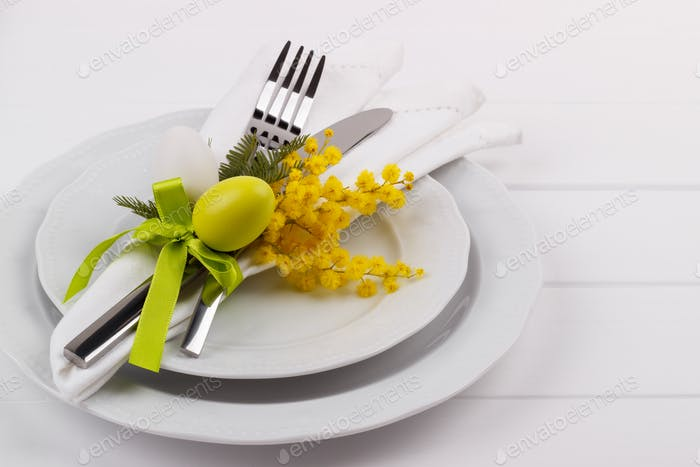 Easter dinner table setting