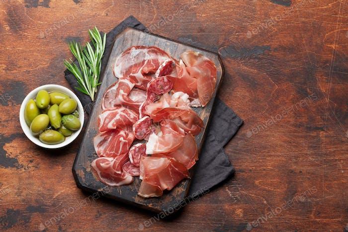 Spanish jamon, prosciutto crudo, italian salami, parma ham