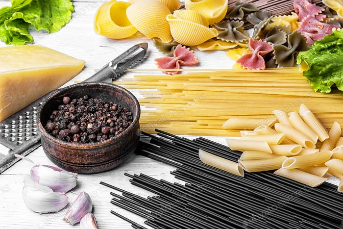 spaghetti with ingredients for cooking pasta