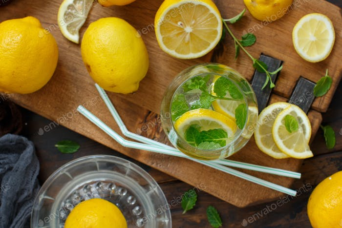 Homemade refreshing drink with lemon juice and mint