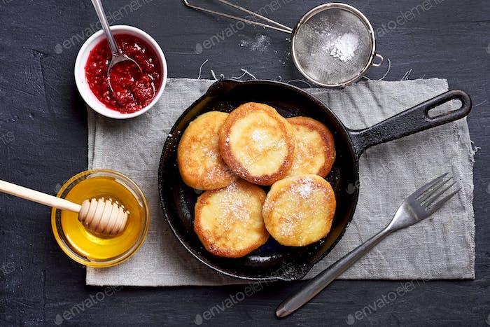 Cheesecakes, curd cheese pancakes
