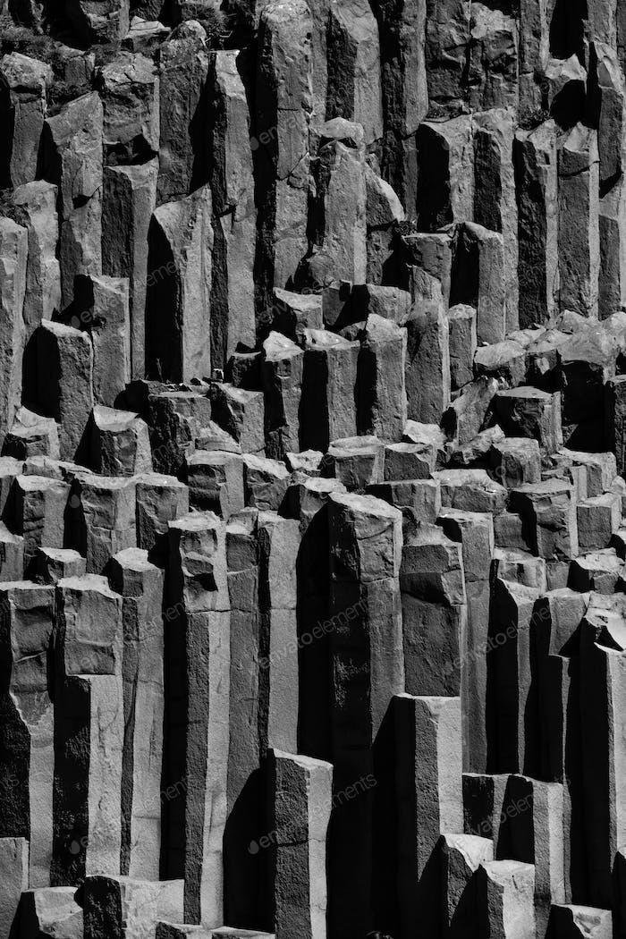 Базальтовые колонны в Исландии, недалеко от Вика.