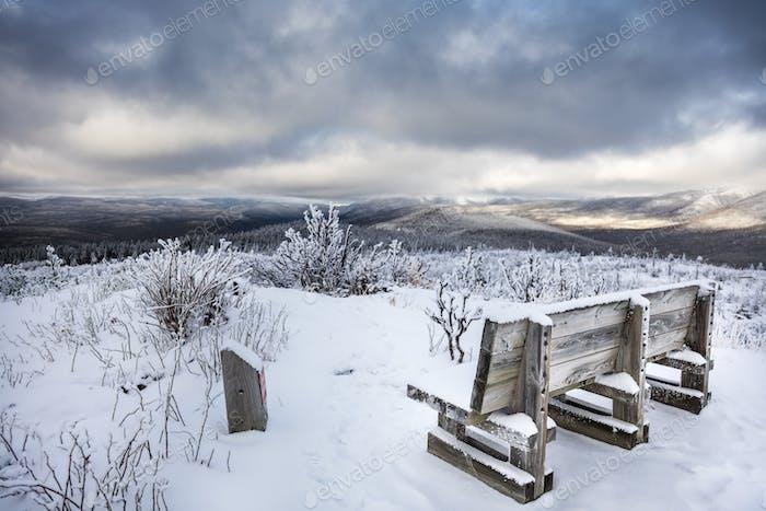 Increíble Horizontal de invierno desde la cima de la montaña en Canadá, Quebec