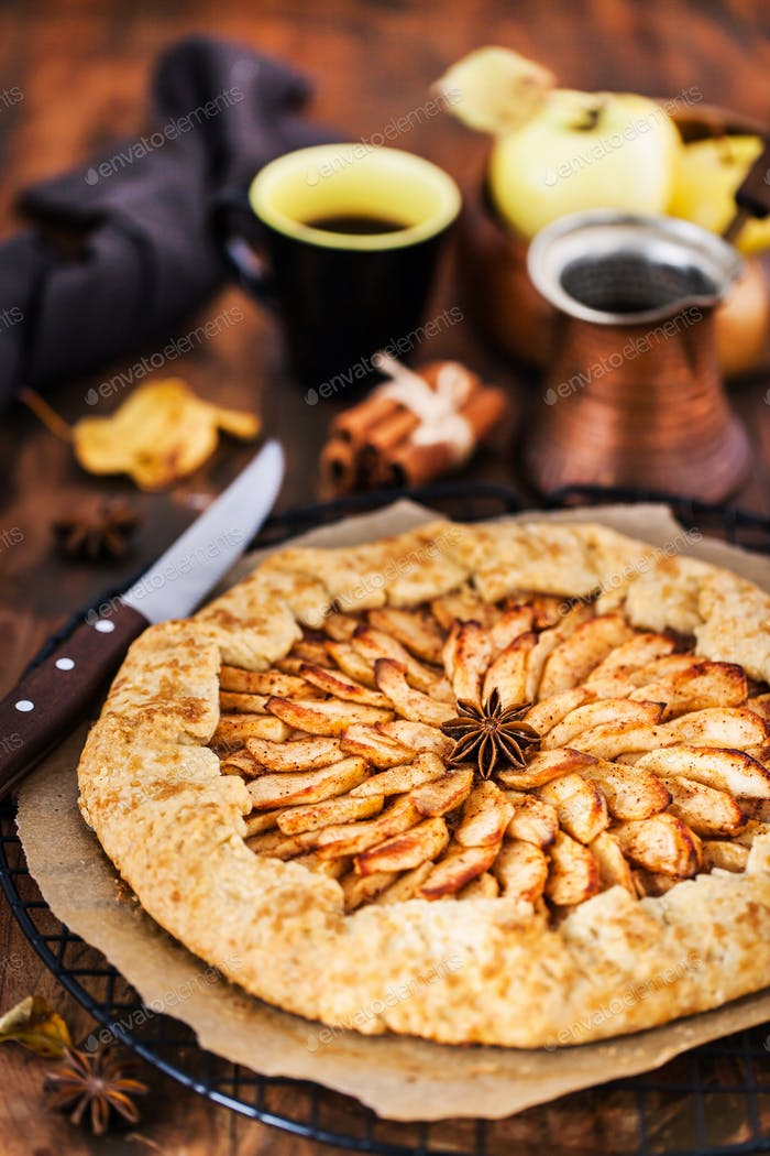 Apples and cinnamon rustic open pie (galette)