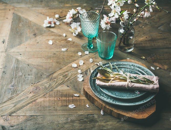 Frühlings-Tischeinstellung Ostern