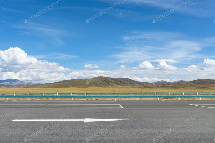 highway on plateau