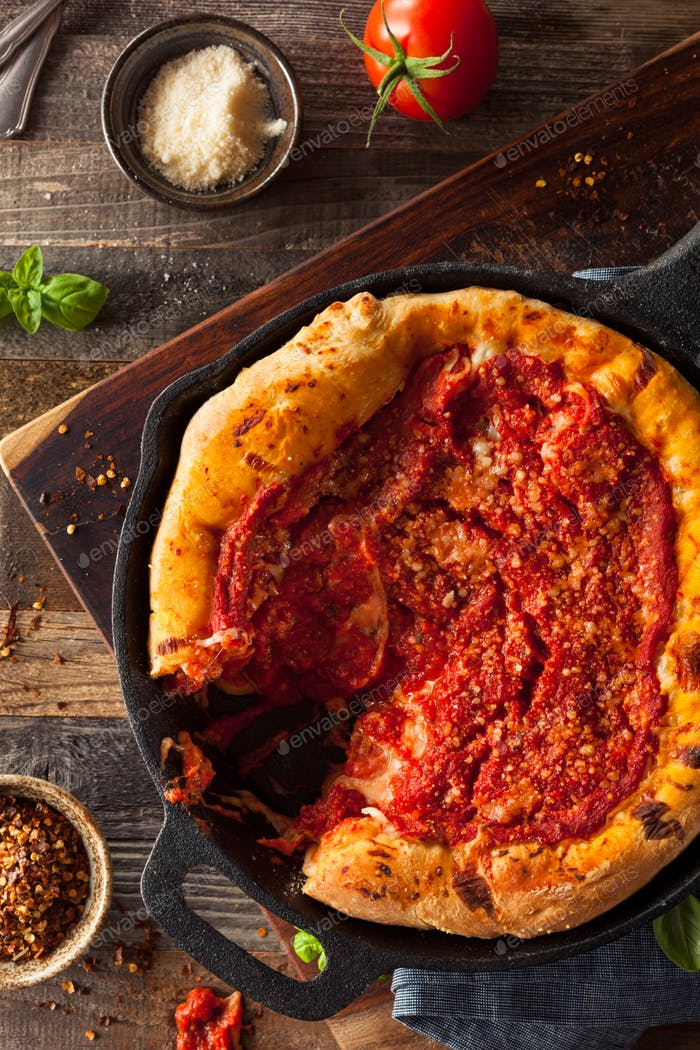 Homemade Skillet Deep Dish Chicago Pizza