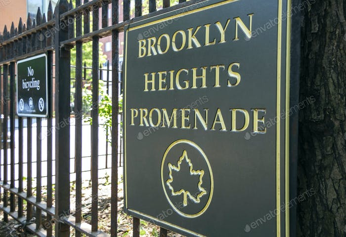Brooklyn Heights Promenade sign in New York City