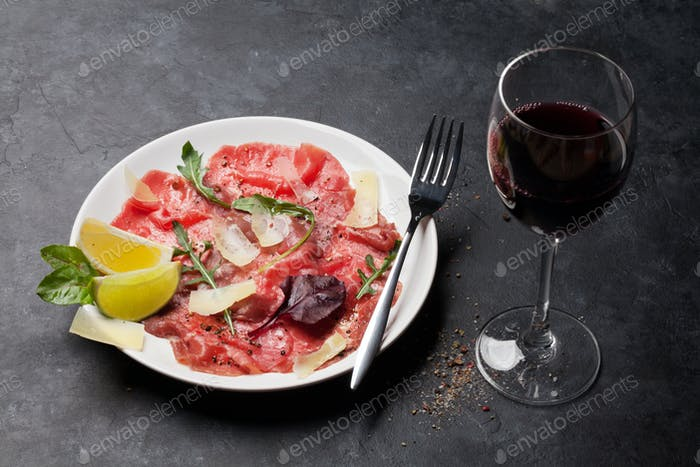 Marbled beef carpaccio with red wine