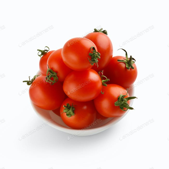 Red tomatoes in bowl