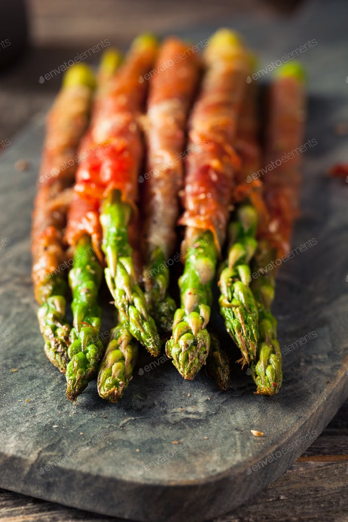 Homemade Prosciutto Wrapped Asparagus