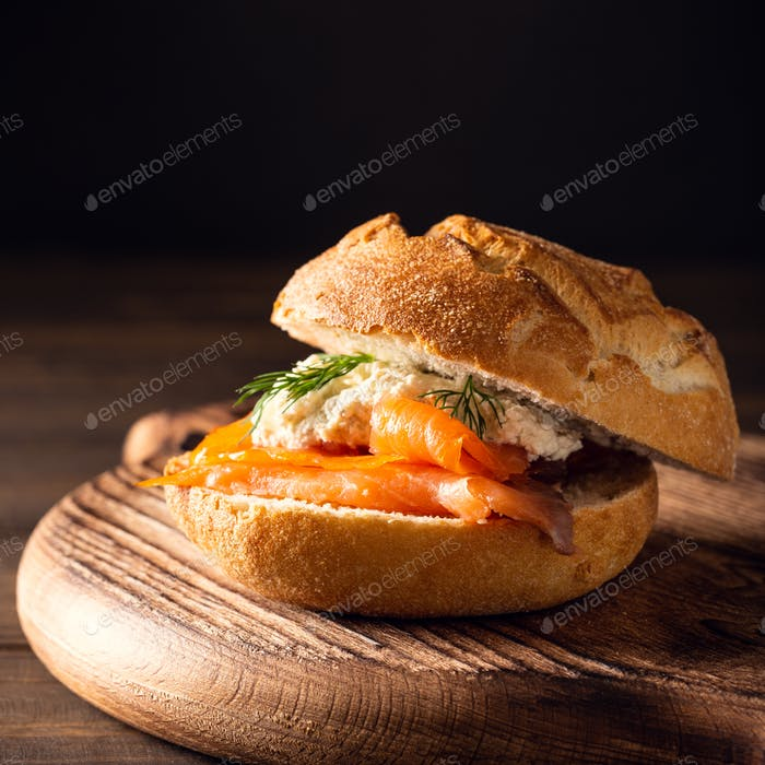 Sandwiche with salmon and herb butter