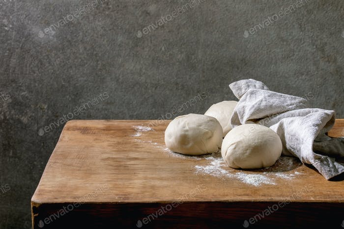 Dough for pizza