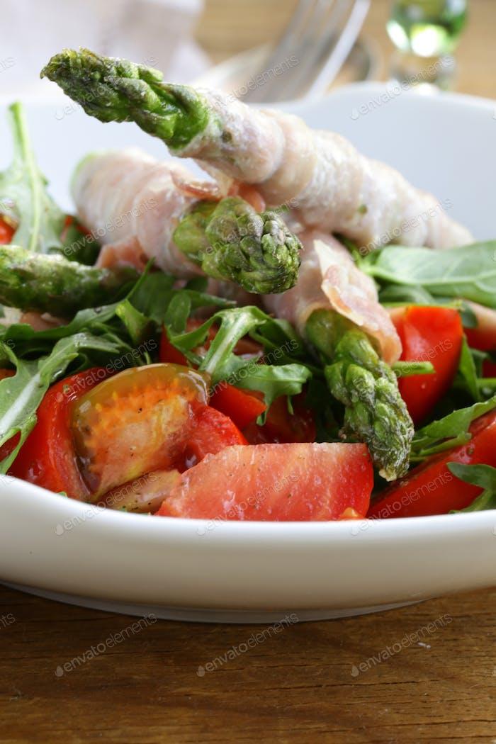 Ensalada de rúcula con tomates