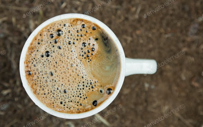 Nahaufnahme Tasse frischen Kaffee