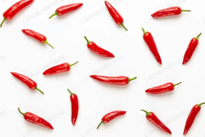 Chili oder Chili Cayennepfeffer isoliert auf weißem Hintergrund Ausschnitt.