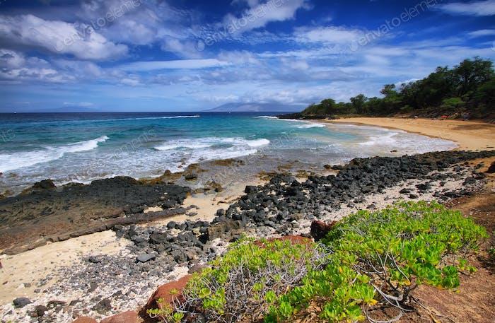 Little beach of Makena beach State park,