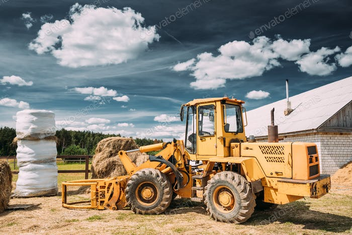 Multipurpose Wheel Loader Carry Out Works In Transportation Of H