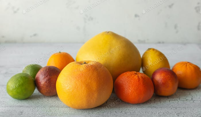Variety of citrus fruit